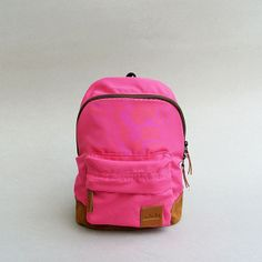 Mini Pink! IDR 100.000,- #tuskbag #bestseller #bag #vintage #minipink #pink #suede | CS Center 7D1041AA |