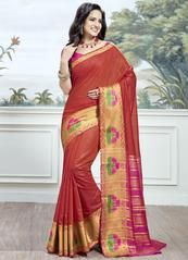 Ravishing attire to enhance your beauty. Make an adorable statement in this smashy red cotton silk traditional saree. The woven work looks chic and perfect for any occasion. Comes with matching blous. Traditional Sarees, Traditional Outfits, Indian Dresses, Indian Outfits, Lehenga Gown, Stylish Sarees, Casual Saree, Art Silk Sarees, Looks Chic
