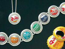 Bottle cap jewelry. Cool accessory with summer dresses!