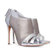 #Shoes, #Barbarella