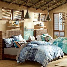 chambre filles de style champêtre avec têtes des lits en osier