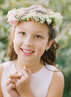 Flower Girl Wreaths. Alix' sister? Claire....would she keep it on her head? Probably not. Cute, though!