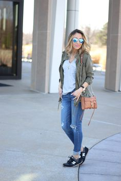 Like this casual look. Weekends call for distressed denim, cargo jackets & stylish sneakers. Elevate your casual look by cuffing your denim and adding a half-tuck with your top. Casual Weekend Outfit, Casual Outfits, Cute Outfits, Fashion Outfits, Outfit Summer, Swag Fashion, Weekend Style, Dope Fashion, Fashion Pants