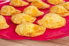 ΤΥΡΟΠΙΤΑΚΙΑ Snack Recipes, Snacks, Chips, Food, Snack Mix Recipes, Appetizer Recipes, Appetizers, Potato Chip, Essen