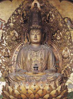 弥勒菩薩坐像-mirokubosatsuzazou- (maitreya) One of bodhisattvas. The work of an engraver 快慶. 醍醐寺(daigoji)
