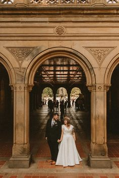 Bride and groom portrait at Central Park | Image by Aesthetic Sabotage