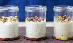 An easy step by step tutorial on how to make overnight oats in a jar + 28 tasty recipes. A tasty and healthy way to have breakfast without much effort.