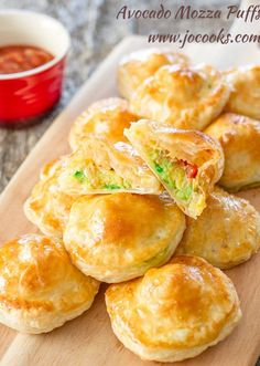 Avocado Mozza Puffs