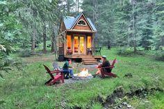 Oregon Forest, Honeymoon Cabin, Tiny House Talk, Stone Shower, Forest Cabin, Tiny Houses For Sale, Rural Area, Cozy Cabin, Roof Design