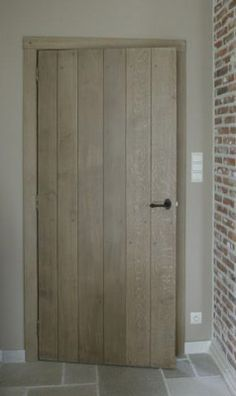 //doors all interior = closets + pantry Barn Door In House, House Doors, Doors And Floors, Windows And Doors, Inside Doors, Cool Doors, Internal Doors, Home And Deco, French Doors