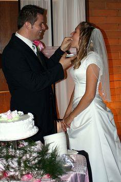 Sharing the Cake - http://www.everythingmormon.com/sharing-the-cake/  #mormonproducts #LDS #mormonlife