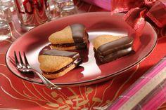 valentin nap - receptek a receptmuhely. Breakfast Recipes, Sausage, Pancakes, Pudding, Sweet, Food, Honey, Hearts, Country
