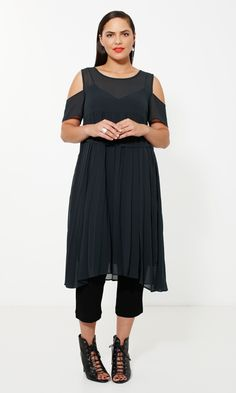 Moss designer collection in plus sizes