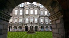 Palace of Holyroodhouse Visit Britain, Exeter, Lake District, Great Britain, Edinburgh, Whisky, Palace, Scotland, Paris