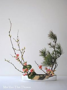 "Style libre ""Jiyuka"" - Art floral Ikebana:"