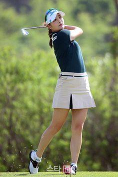 Golf Tips For Women Venue: dong chong 54 Hole Tournament Purse SBS Broadcast Korean Time Girls Golf, Ladies Golf, Women Golf, Golf Magazine, Golf Chipping, Killer Legs, Golf Wear, Sporty Girls, Golf Outfit
