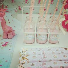 Drinks at a Shabby chic baby shower #shabbychic #babyshower