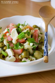 Letnia sałatka z makaronem | Filozofia smaku