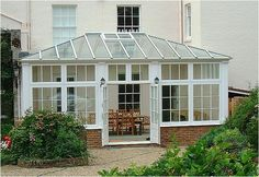 Simple conservatory style 2681
