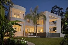 STUNNING CONTEMPORARY ON LARGE CUL-DE-SAC LOT | LUXURY HOMES