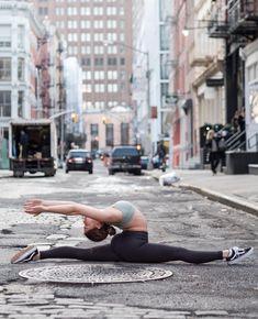 @hannahtaha in the #AloYoga High Waist Airbrush Legging #yoga #inspiration