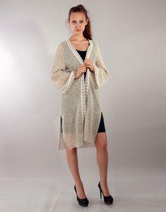 Льняное вязаное панчо - студийная модельная каталожная фотосъемка для интернет-магазина - Folov.in