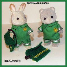 Paramedic costume - fits reg size dad/mum