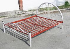 How To Paint A Metal Bed Frame: 24 Steps (with Pictures)... For Pls Future  Bed.