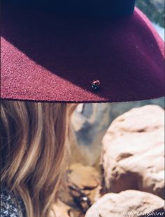 •hats• I love this burgundy hat from Forever 21! You can pair it with anything!