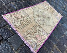 Turkish rug Vintage rug Handmade rug Oushak rug by DRNRUGS Boho Decor, Bohemian Rug, Entryway Rug, Geometric Rug, Small Rugs, Hand Knotted Rugs, Handmade Rugs, Oriental Rug, Vintage Rugs