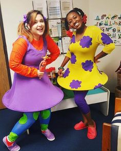And the Winners of the 2015 Halloween Costume Contest Are… via Brit + Co. Halloween Costume Winners, Cartoon Halloween Costumes, Halloween Cosplay, Cosplay Costumes, Halloween Makeup, Best Friend Halloween Costumes, Halloween Outfits, Halloween Ideas, Halloween Party