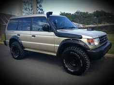 Learn more about best family suv. Check the webpage for more. This is must see web content. Mitsubishi Shogun, Mitsubishi Motors, Mitsubishi Pajero, Best Suv For Family, Family Suv, Montero 4x4, Montero Sport, 4x4 Trucks, Cool Trucks