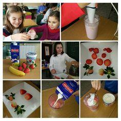 Batido de fresas e plátano en rosa de cuarto Breakfast, Food, Strawberry Milkshake, Strawberry Fruit, Room, Morning Coffee, Essen, Meals, Yemek