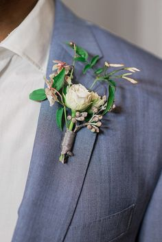 Modern beach wedding boutonnière