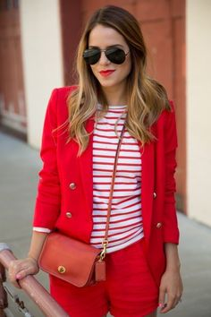 Love the red...Perfect to make the spring season even more colorful....