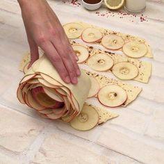 Apple Crisp Recipes, Top Recipes, Sweet Recipes, Baking Recipes, Dessert Recipes, Cake Recipes, Cored Apple, Puff Pastry Sheets, Original Recipe