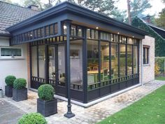 steel effect - pérgolas - # # effect - 9812 Oakwood - Varanda Garden Room Extensions, House Extensions, Patio Design, Exterior Design, House Design, Future House, My House, Architecture Renovation, House Architecture