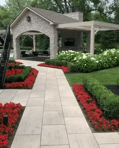 Small Front Yard Landscaping, Backyard Patio Designs, Home Landscaping, Landscaping With Rocks, Front Yard Landscape Design, Circle Driveway Landscaping, Low Maintenance Backyard, Outdoor Gardens, Cozy Nook