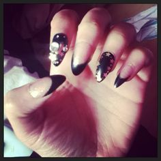 My Nazila Nail Glitz Fake Nails been looking for these everywhere so glad we have Amazon.com