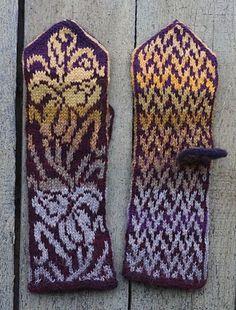 Irises Mittens pattern by Natalia Moreva Ravelry: Project Gallery for Irises Mittens pattern by Natalia Moreva Double Knitting Patterns, Knitted Mittens Pattern, Knitting Stiches, Sewing Stitches, Knit Mittens, Knitting Charts, Lace Patterns, Knitted Gloves, Knitting Socks