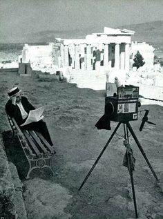1961 ~ At the Acropolis of Athens. One very relaxed photographer. Oh to see the acropolis like this. Athens Acropolis, Athens Greece, Old Pictures, Old Photos, Miss Teen Usa, Living In Italy, New Museum, Back In The Day, Historical Photos