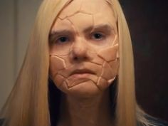 Plz refrain if you are presently dealing w/disordered eating! SC Article w/ link to Elle Fanning short film on horrors of bulimia (may be too much for victims). Definitely recommend reading the article FIRST! Bulimia Recovery, Eating Disorder Recovery, Elle Fanning, Mental Health Awareness, Body Image, Short Film, Feminism, Halloween Face Makeup, Horror