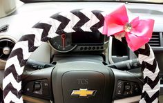 Chevron Steering Wheel Cover Black and White by TurtleCoveStudio, $22.00  www.etsy.com/shop/TurtleCoveStudio