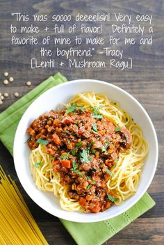 Lentil & Mushroom Ragu - A hearty vegetarian pasta sauce that will leave even the hungriest eaters satisfied! | foxeslovelemons.com
