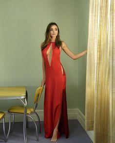 porque-yo-quiero-u: wegracchi: La dama de rojo: tan sexy ❥