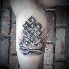 50 Endless Knot Tattoo Designs For Men – Eternal Ink Ideas