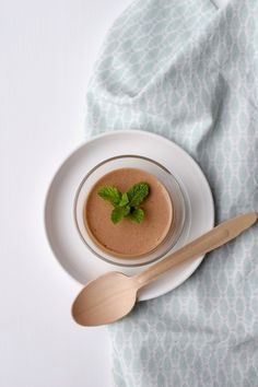 Luchtige chocolademousse Choc Mousse, Fodmap, Health Diet, Sweet Recipes, Creme, Tapas, Sweet Tooth, Sweet Treats, Deserts