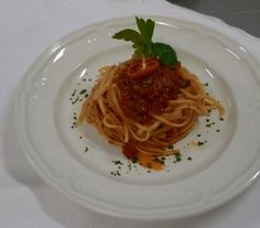 Special today: saghetti! Specials Today, Sorrento, Spaghetti, Restaurant, Ethnic Recipes, Food, Eten, Restaurants, Meals