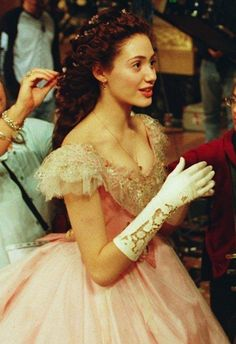 Emmy Rossum behind the scenes as Christine Daaé in The Phantom of the Opera - 2004 Music Of The Night, Fantasy Gowns, Princess Aesthetic, Vintage Princess, Phantom Of The Opera, Musical Theatre, American, Ball Gowns, Curly Hair Styles