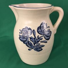 Vintage Pfaltzgraff 8 Inch Yorktowne 64 oz. Pitcher Pottery Dinnerware Stoneware #Pfaltzgraff